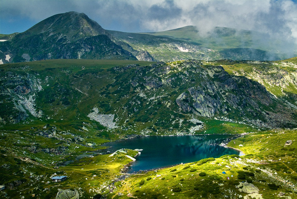 Read more about the article TOP 10 MOST BEAUTIFUL PLACES IN BULGARIA